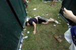 Preakness Partier Takes Nappy Poo